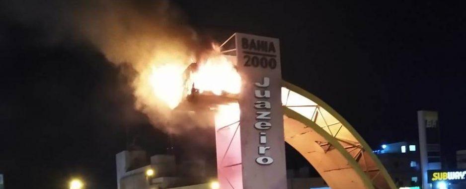 [Vídeo] Galera diz que 'Prefeitura de Juazeiro inaugurou dragão para combater muriçocas'