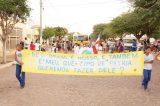 Público chega cedo para desfile do 7 de Setembro em Curaçá