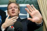 Julian Assange perde eleições para o Senado australiano