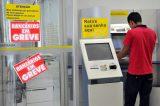 Bancários decidem entrar em greve a partir do dia 19