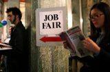 Pedidos de auxílio-desemprego nos EUA caem, mas leitura é ofuscada por erro