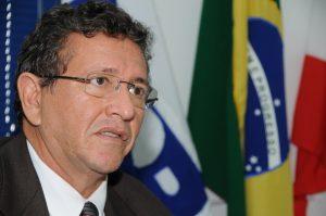 Luiz-Caetano-governador1_01