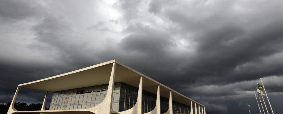 Bolsolão: escândalo do orçamento secreto de Bolsonaro é comparado à CPI dos 'Anões do Orçamento'