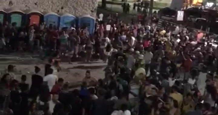 Falta de segurança e disparos de arma de fogo durante apresentação de trio na festa de aniversário de Juazeiro; veja vídeo