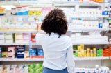 Anvisa é mesmo lenta para aprovar medicamentos, como dizem Bolsonaro e o Congresso?