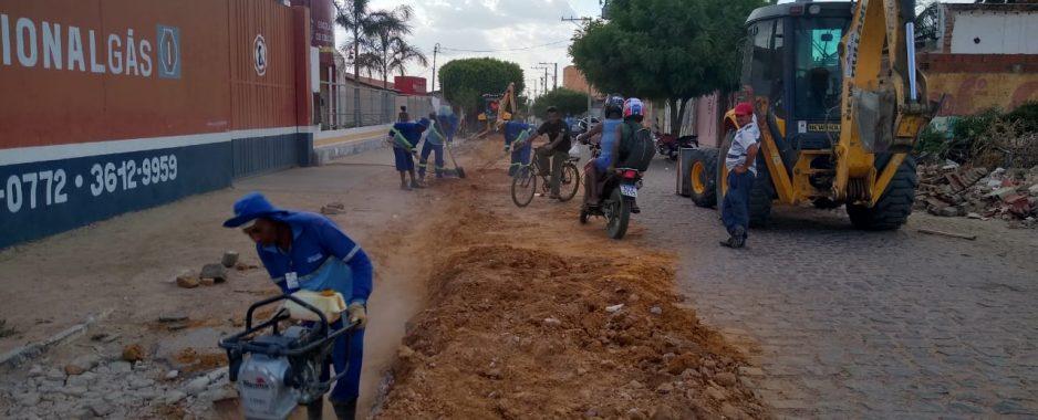 SAAE melhora abastecimento de água na Rua Agostinho Muniz