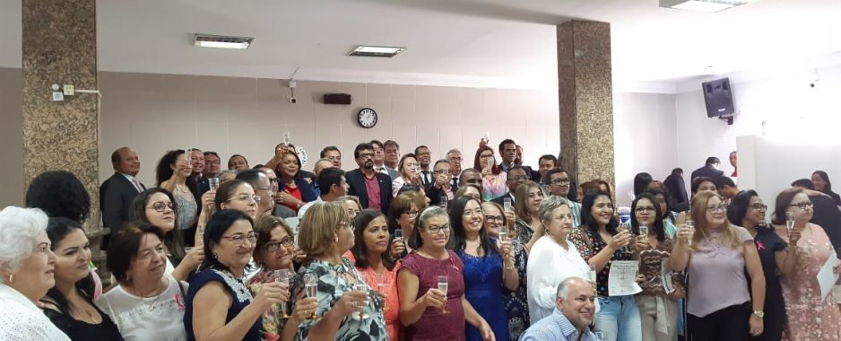 Dia do Professor marcado com sessão solene e homenagens a quase 50 profissionais em educação em Petrolina