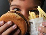 Uma a cada três crianças sofre de desnutrição ou sobrepeso no planeta