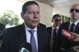 Mourão pega ar e diz que não haverá impeachment e pede que deixem Bolsonaro governar