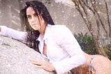 Mulher de Zezé di Camargo faz ensaio sensual para colocar fotos na porta de geladeira