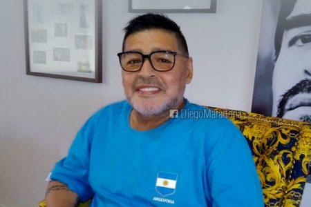 Maradona morreu por insuficiência cardíaca enquanto dormia, diz autópsia preliminar