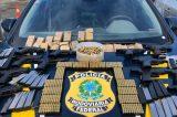 Homem é preso após ser flagrado com armas escondidas em painel de carro
