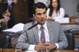 Senador é acusado de estupro por modelo