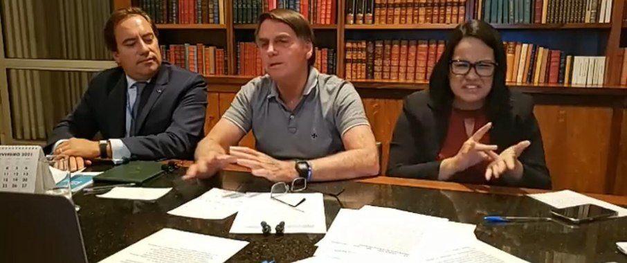 Jair Bolsonaro é reprovado por 58% dos brasileiros, aponta Ipec