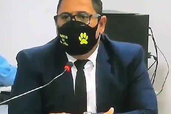 """Vereador Anibal afirma que """"trabalhos de combate as muriçocas estão sendo retomados"""". Ele ainda defendeu o Pastor Teobaldo"""