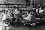 Educação: as centenas de crianças negras britânicas enviadas a escolas para pessoas com deficiência nos anos 60 e 70