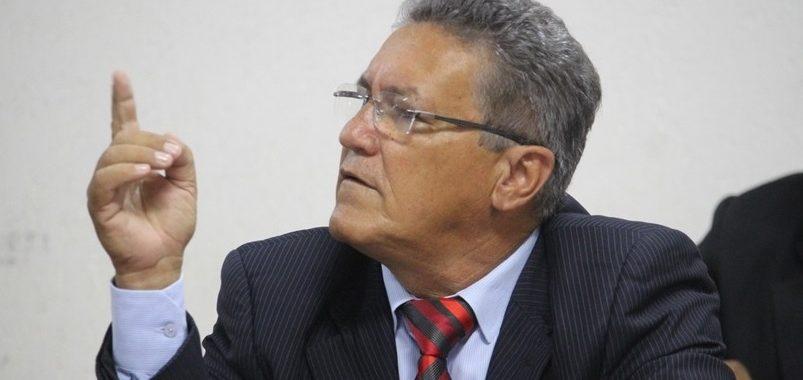 Agressões verbais e destempero marcam sessão da Câmara de Remanso