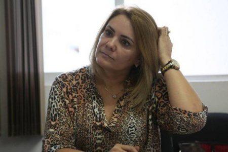 Empresa da ex-mulher de Bolsonaro teve 1.185 saques que somam R$ 1,1 milhão em espécie entre 2008 e 2014